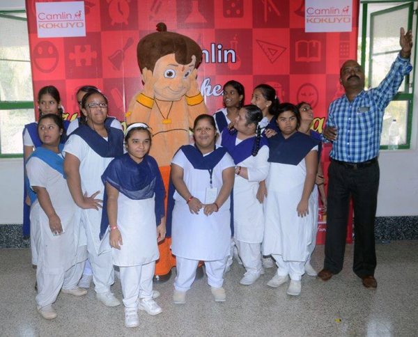 jay-vakeel-kids-with-chota-bheem_2